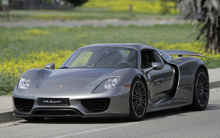 The+918+Spyder+is+Porsche%27s+high+performance+hybrid+sports+car+boasting+887+horsepower.+%28Myung+J.+Chun%2FLos+Angeles+Times%2FMCT%29