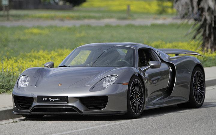 The 918 Spyder Is Porsche S High Performance Hybrid Sports Car Boasting 887 Horse Myung