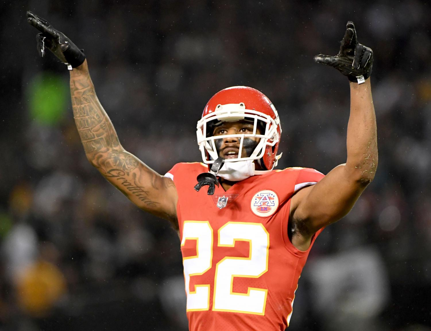 The Kansas City Chiefs' Marcus Peters (22) gestures to the crowd in the second quarter against the Oakland Raiders at the Coliseum in Oakland, Calif., on Thursday, Oct. 19, 2017. The Raiders won, 31-30. (Doug Duran/Bay Area News Group/TNS)