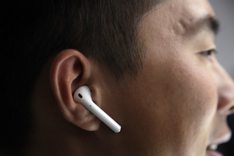 The+AirPods+Epidemic
