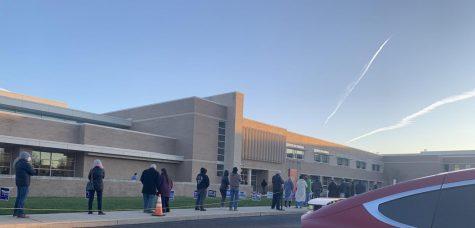 PA voters wait in line outside of Harriton High School.